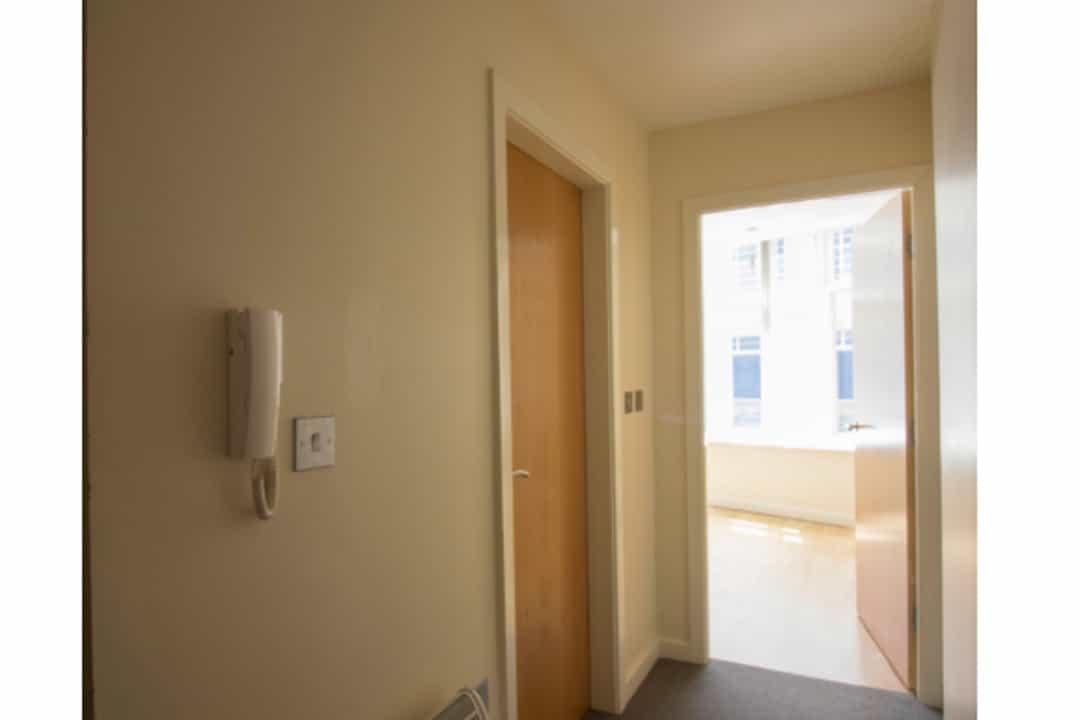 Hallway (1 bed)